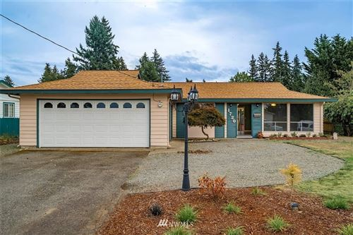 Photo of 1720 Dogwood Drive SE, Auburn, WA 98092 (MLS # 1666750)