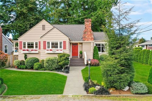 Photo of 10759 Dayton Avenue N, Seattle, WA 98133 (MLS # 1682750)