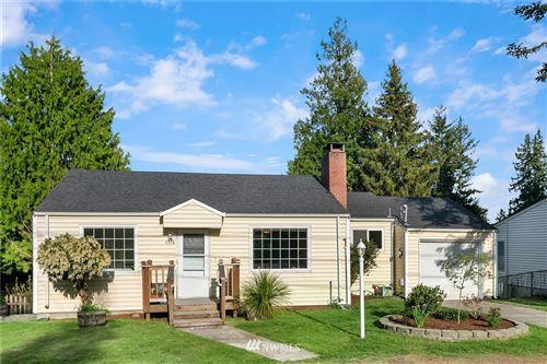 Photo of 11516 Corliss Avenue N, Seattle, WA 98133 (MLS # 1761751)