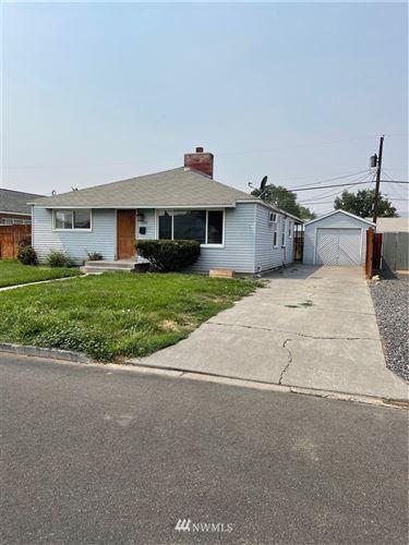 Photo of 135 G Street SE, Ephrata, WA 98823 (MLS # 1819752)