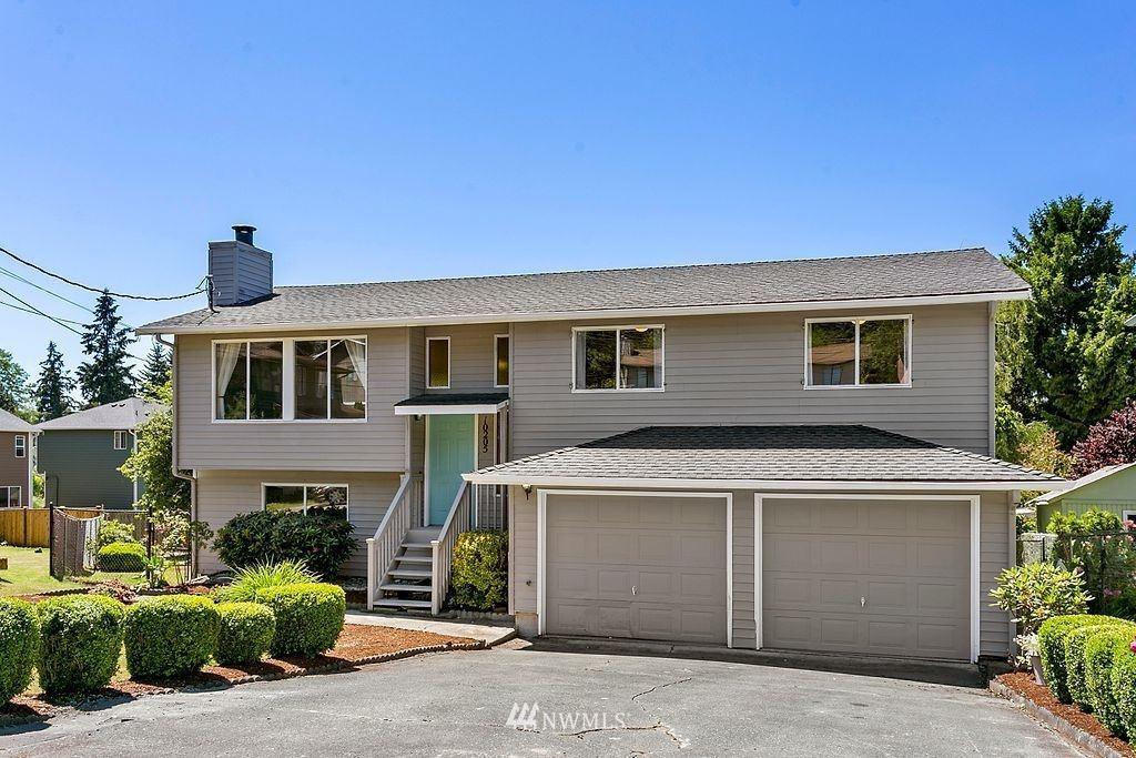 Photo of 10205 23rd Court SW, Seattle, WA 98146 (MLS # 1794752)