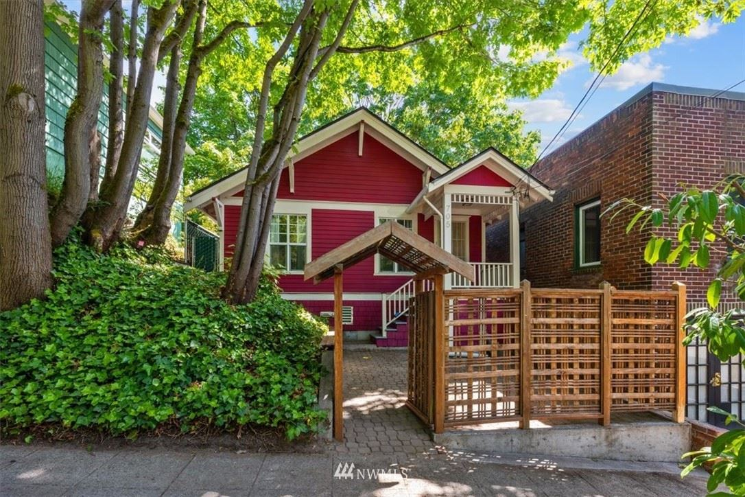 Photo of 705 N 39th Street, Seattle, WA 98103 (MLS # 1785753)