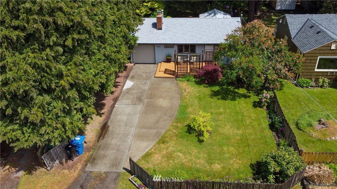Photo of 13508 N Wallingford Avenue N, Seattle, WA 98133 (MLS # 1782754)