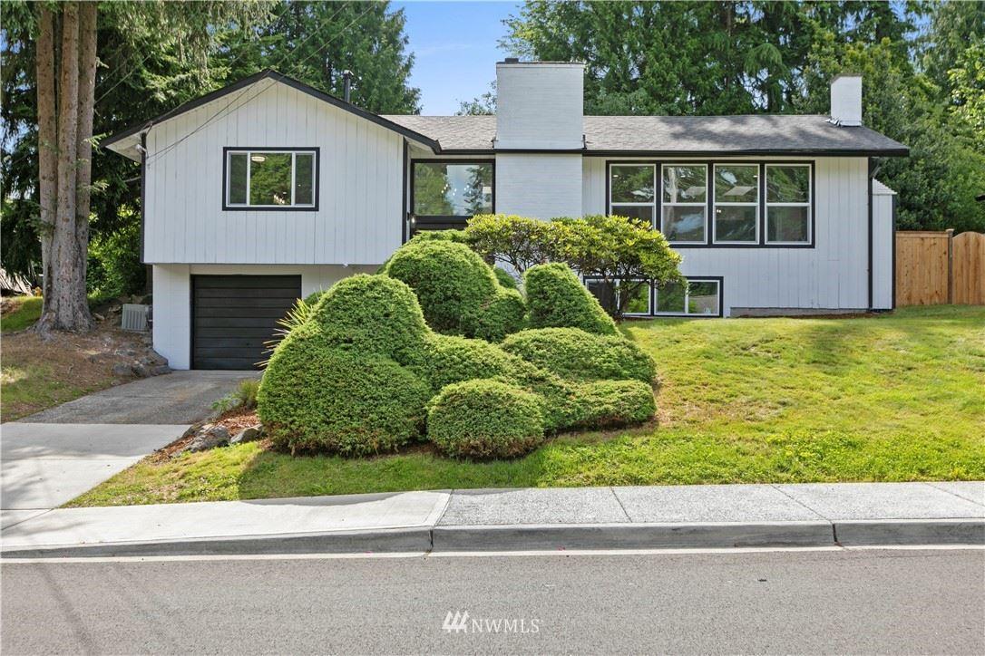 Photo of 10 158th Place SE, Bellevue, WA 98008 (MLS # 1790755)