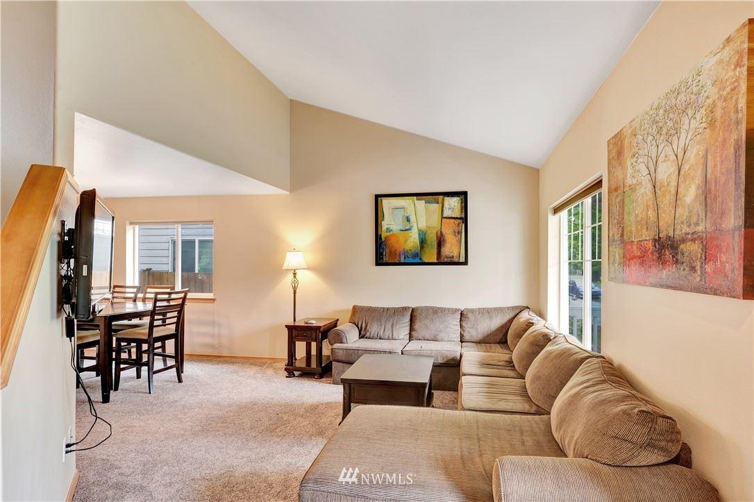 Photo of 3244 S 376th Place, Auburn, WA 98001 (MLS # 1760759)
