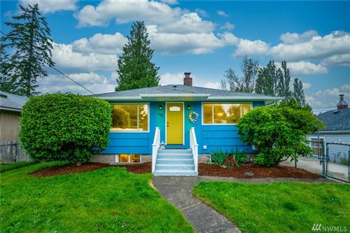 Photo of 1408 West Ave, Port Orchard, WA 98366 (MLS # 1620762)