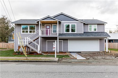 Photo of 650 S Skagit St, Burlington, WA 98233 (MLS # 1528764)