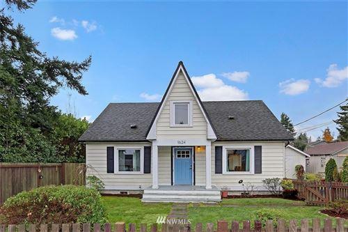 Photo of 1624 Palm Avenue, Everett, WA 98203 (MLS # 1693764)