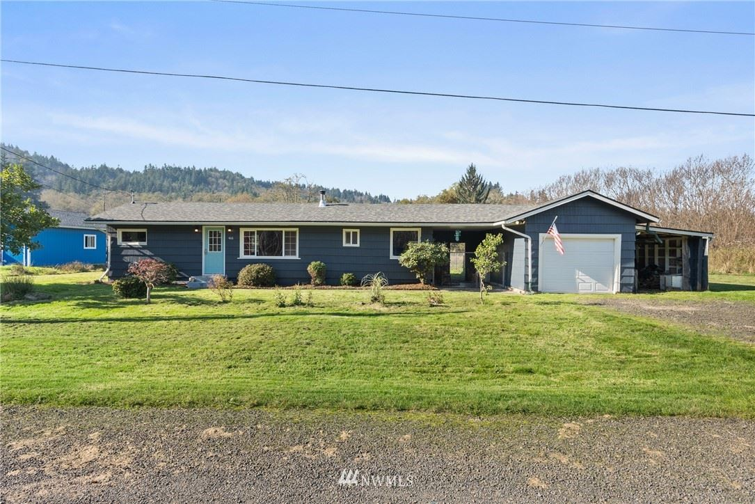 Photo of 406 Washington St, South Bend, WA 98586 (MLS # 1682765)