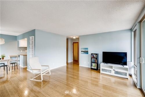 Photo of 507 W Mercer Street #604, Seattle, WA 98119 (MLS # 1691766)