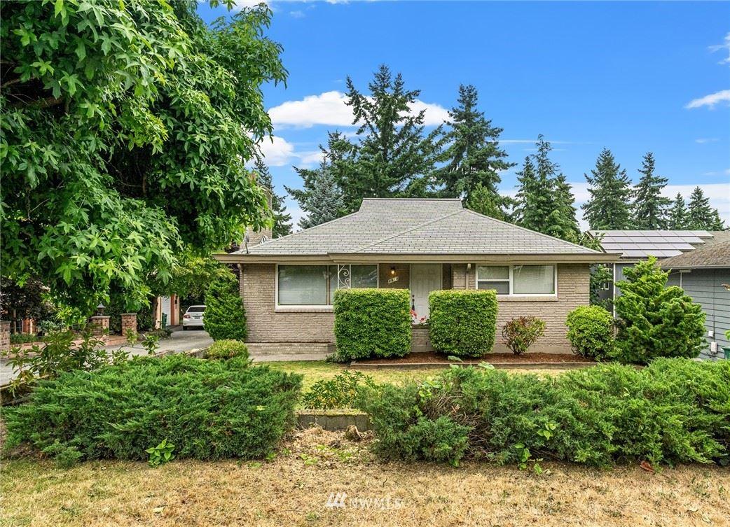 8914 Corliss Avenue N, Seattle, WA 98103 - #: 1801766
