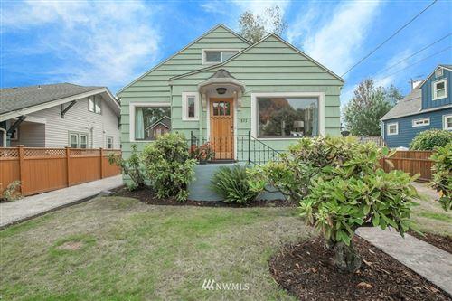 Photo of 511 N 102nd Street, Seattle, WA 98133 (MLS # 1664770)