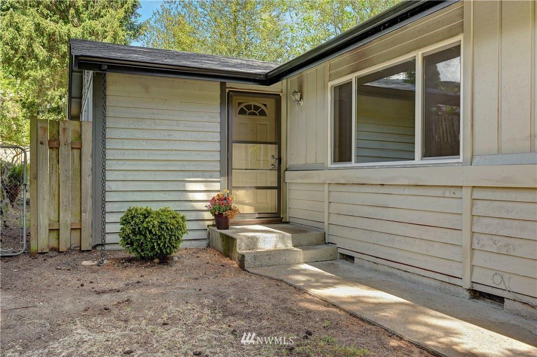 Photo of 6011 185th Street SW, Lynnwood, WA 98037 (MLS # 1783770)