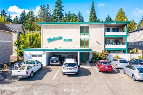 Photo of 11515 26th Avenue NE, Seattle, WA 98125 (MLS # 1850773)