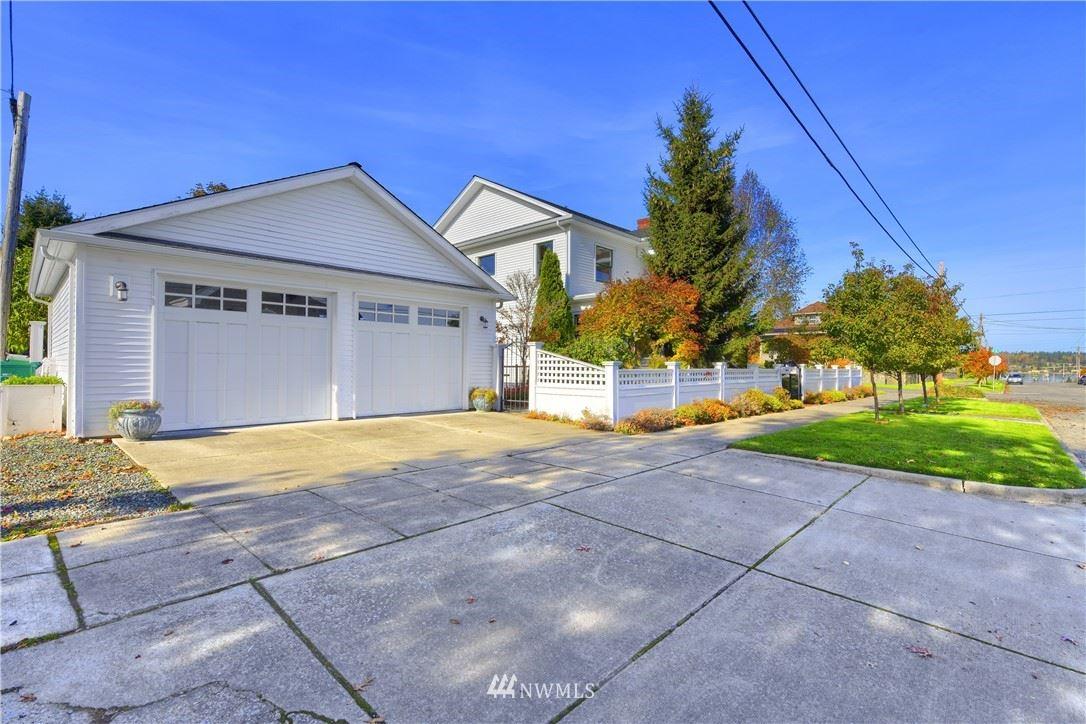 Photo of 804 K Avenue, Anacortes, WA 98221 (MLS # 1682773)