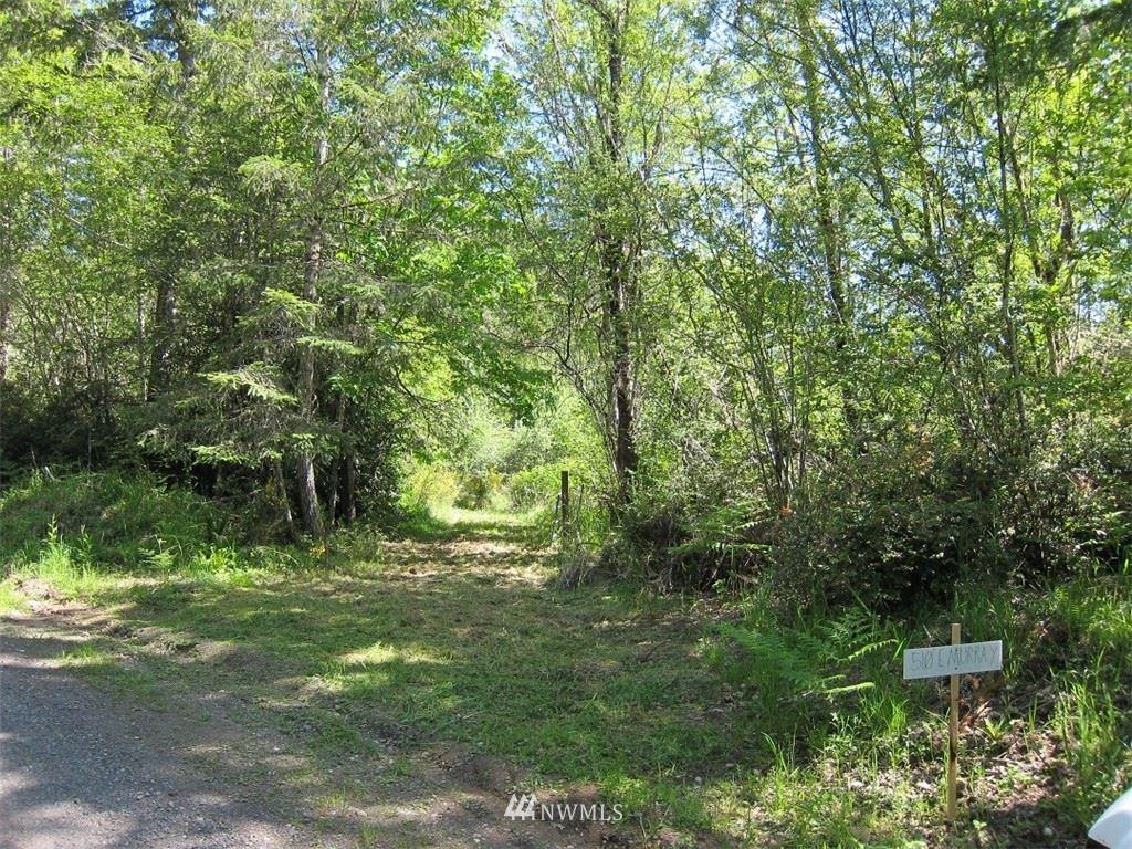 Photo of 510 E Murray Road N, Grapeview, WA 98546 (MLS # 1771773)