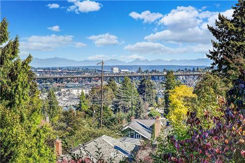 Photo of 2813 1st Avenue N, Seattle, WA 98109 (MLS # 1677774)