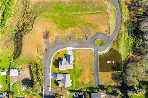 Photo of 908 Water Street, South Bend, WA 98586 (MLS # 1683775)
