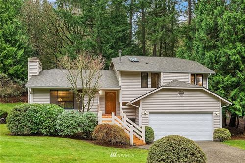 Photo of 742 218th Place NE, Sammamish, WA 98074 (MLS # 1693775)