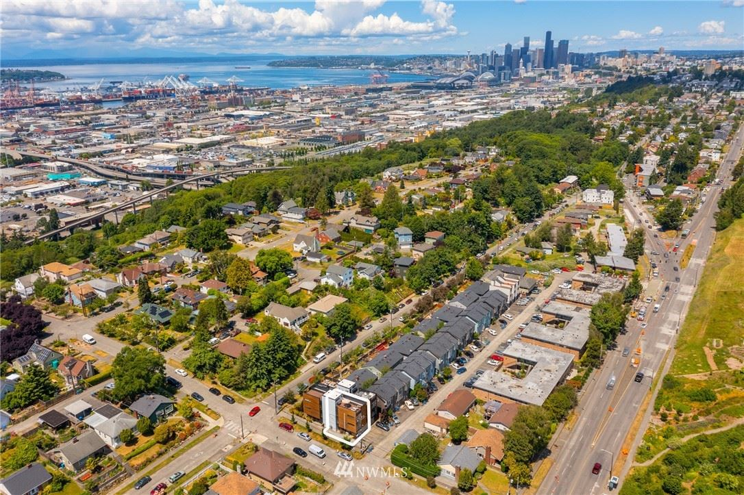 Photo of 1406 S Dakota Street, Seattle, WA 98108 (MLS # 1789776)