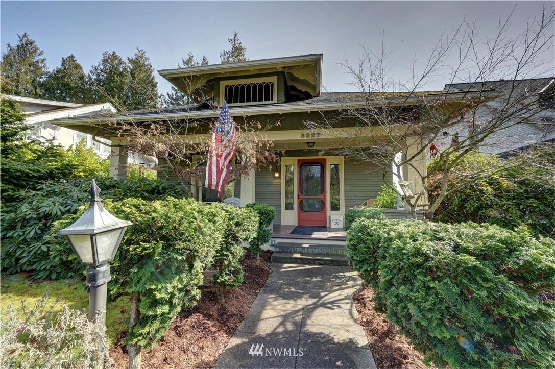 Photo of 3327 Grand Avenue, Everett, WA 98201 (MLS # 1738778)