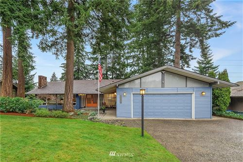 Photo of 5011 125th Avenue SE, Bellevue, WA 98006 (MLS # 1716780)