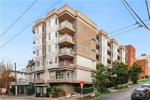 Photo of 1700 Bellevue Avenue #204, Seattle, WA 98122 (MLS # 1854782)