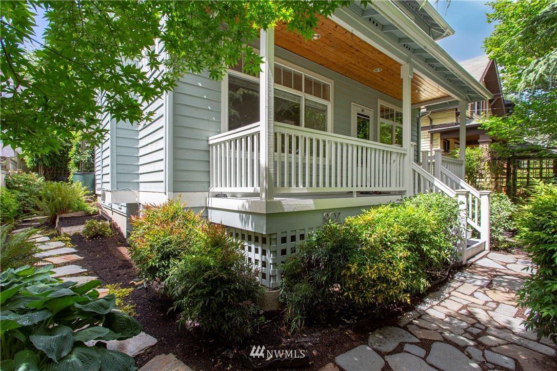 Photo of 907 25th Avenue, Seattle, WA 98122 (MLS # 1787783)