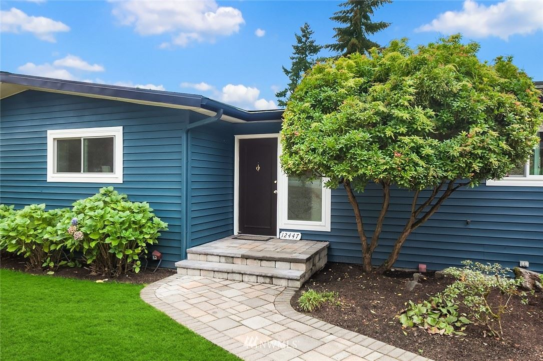 Photo of 12447 SE 26th Place, Bellevue, WA 98005 (MLS # 1679784)