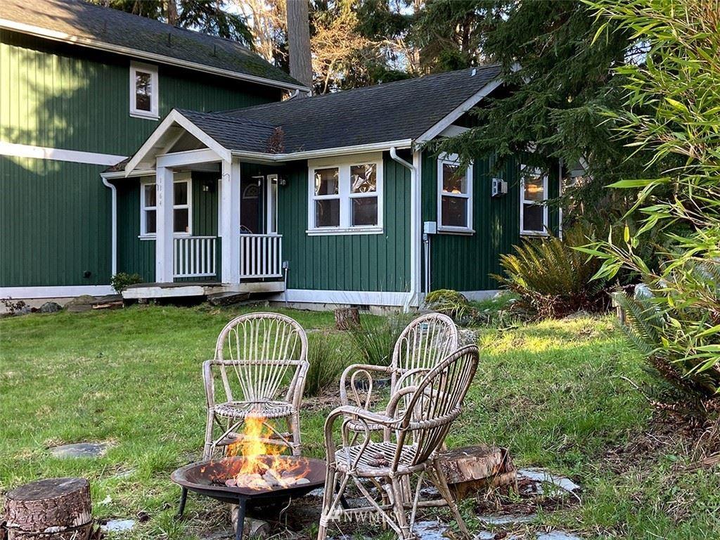 Photo of 1164 Honeymoon Lake Drive, Greenbank, WA 98253 (MLS # 1734785)