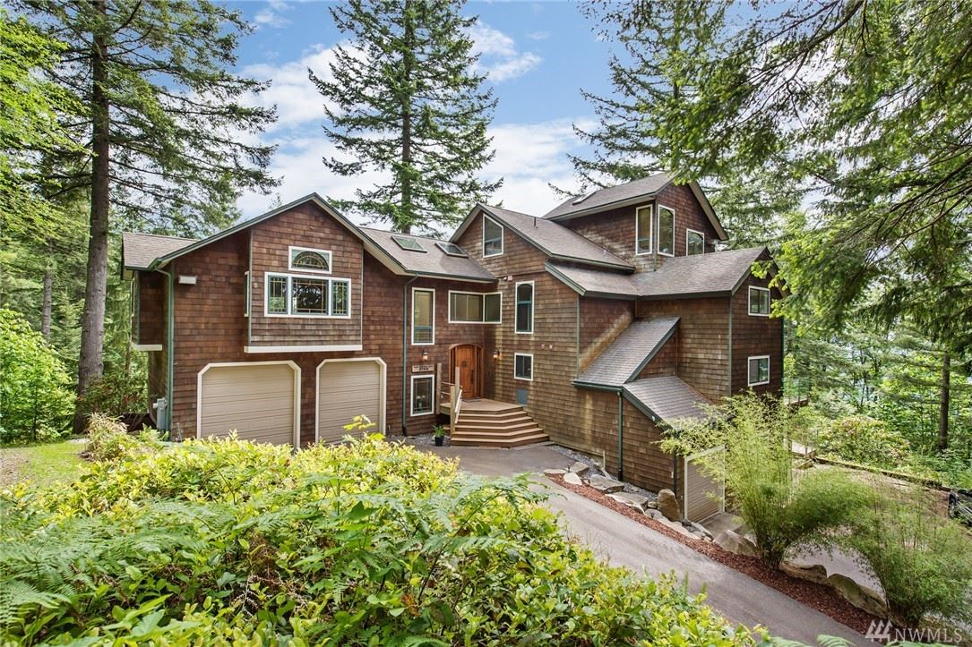 Photo of 27515 SE 154th Place, Issaquah, WA 98027 (MLS # 1609786)
