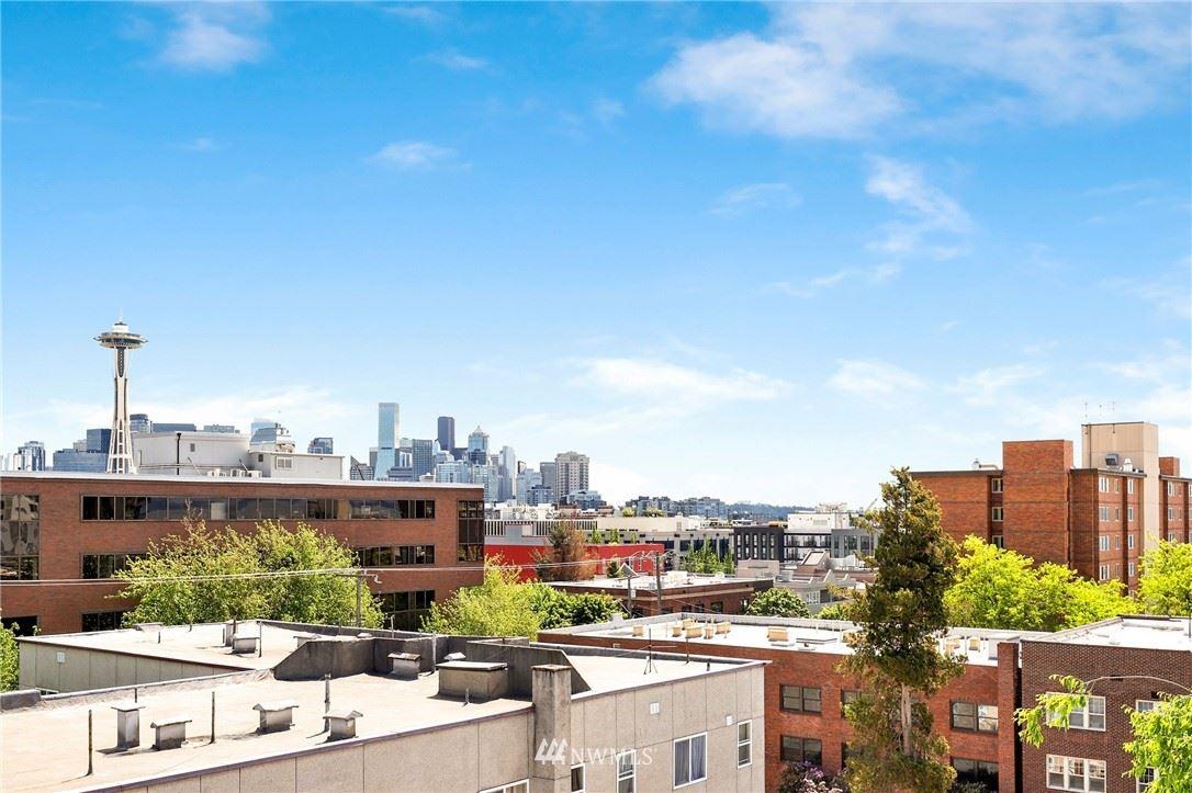 Photo of 626 4th Avenue W #402, Seattle, WA 98119 (MLS # 1775786)