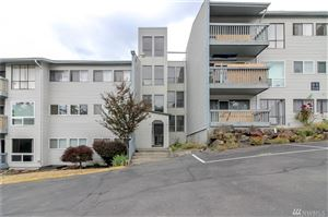 Photo of 15142 65th Ave S #408, Tukwila, WA 98188 (MLS # 1475788)