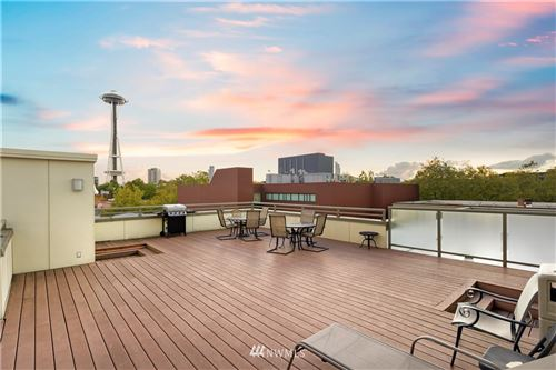 Photo of 621 5th Avenue N #203, Seattle, WA 98109 (MLS # 1849788)