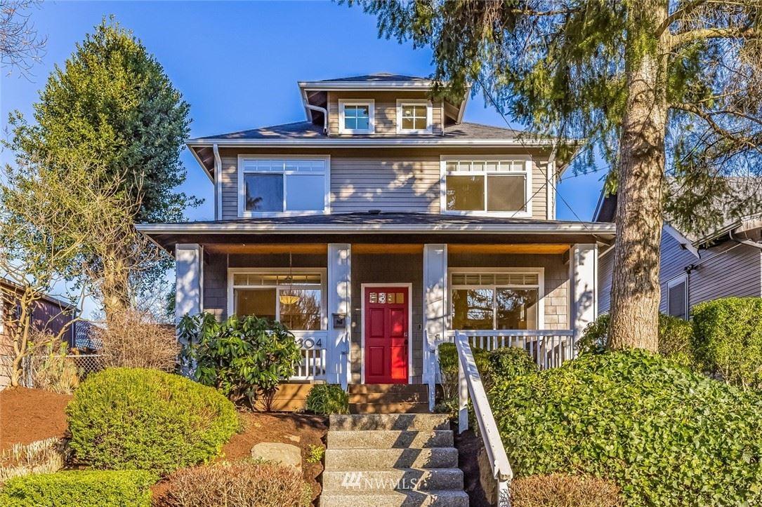 Photo of 304 29th Avenue E, Seattle, WA 98112 (MLS # 1742788)