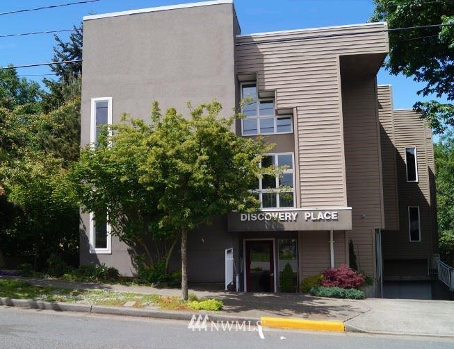 4309 34th Avenue W #304, Seattle, WA 98199 - #: 1802788