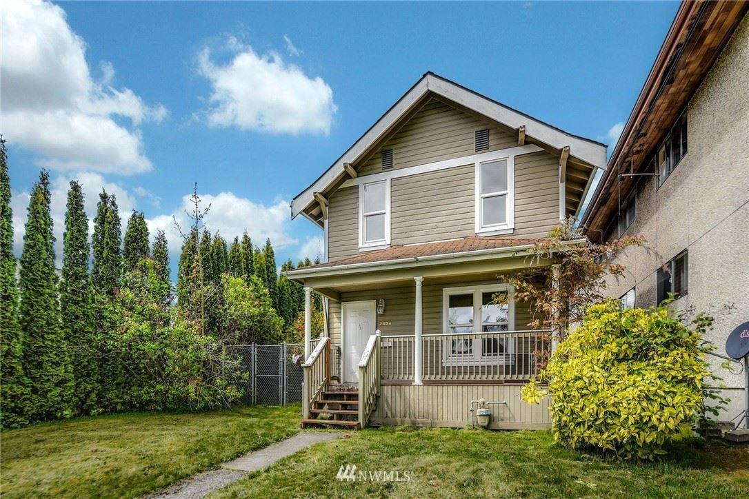 Photo of 2606 Lombard Avenue, Everett, WA 98201 (MLS # 1765789)