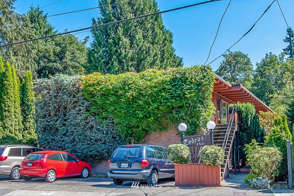 4541 NE 55th Street, Seattle, WA 98105 - #: 1807791
