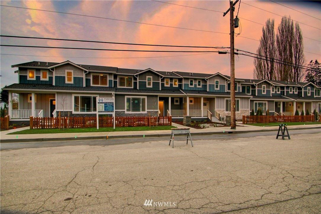 Photo of 313 E Hazel Street #8, Mount Vernon, WA 98274 (MLS # 1694797)