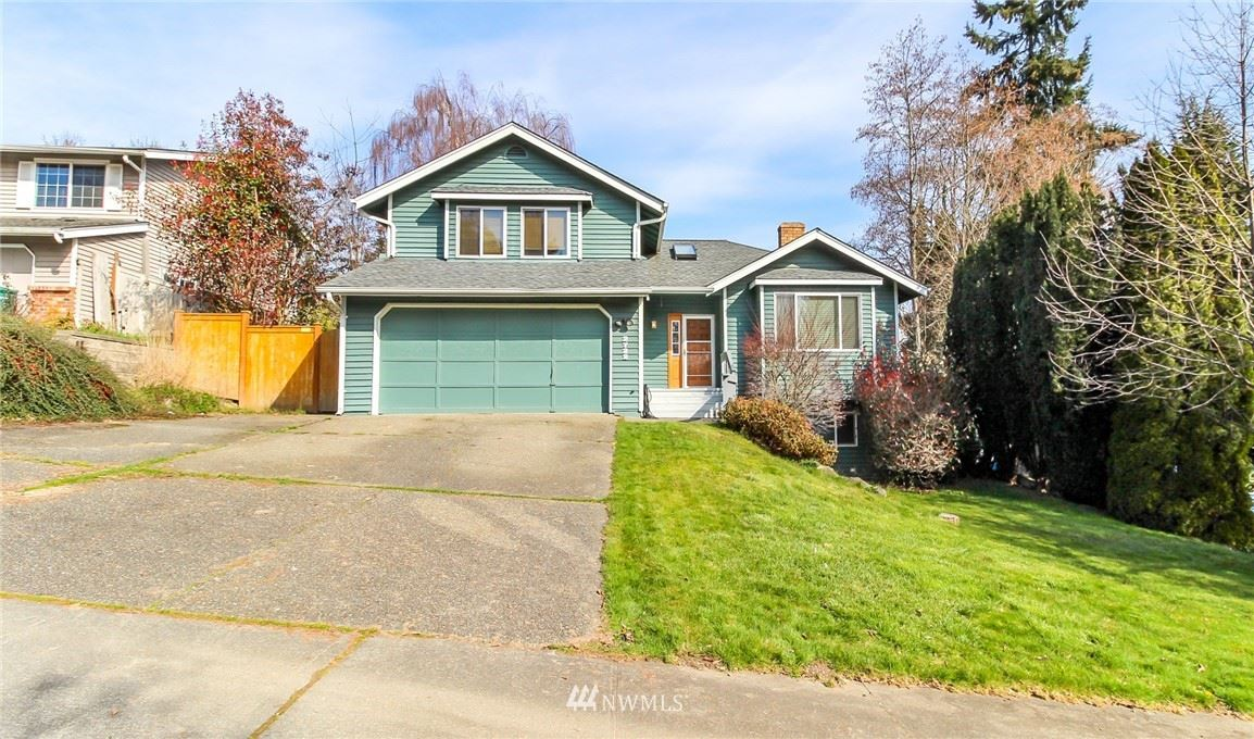 Photo of 2722 SW 347th Place, Federal Way, WA 98023 (MLS # 1743798)