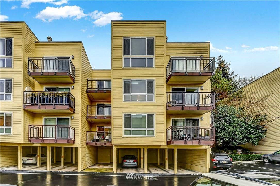Photo of 5844 NE 75th Street #D205, Seattle, WA 98115 (MLS # 1696799)