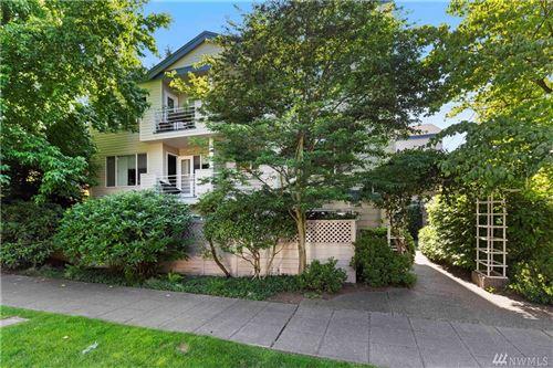 Photo of 2727 Franklin Ave E #201, Seattle, WA 98102 (MLS # 1619801)
