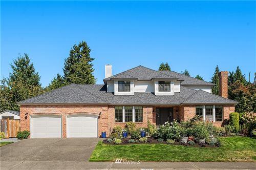 Photo of 15032 SE 66th Street, Bellevue, WA 98006 (MLS # 1803804)