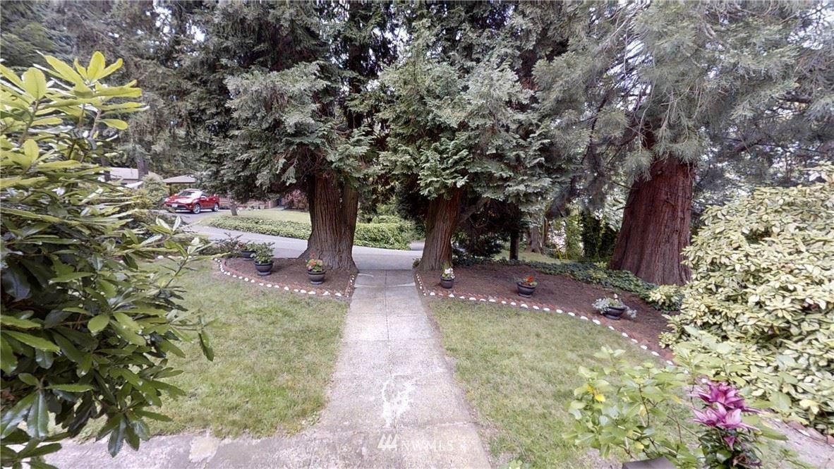 Photo of 226 Kensington Avenue S, Kent, WA 98030 (MLS # 1790805)
