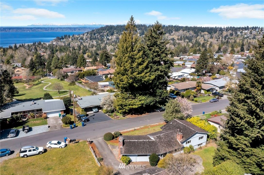 Photo of 18006 3rd Avenue SW, Normandy Park, WA 98166 (MLS # 1757806)