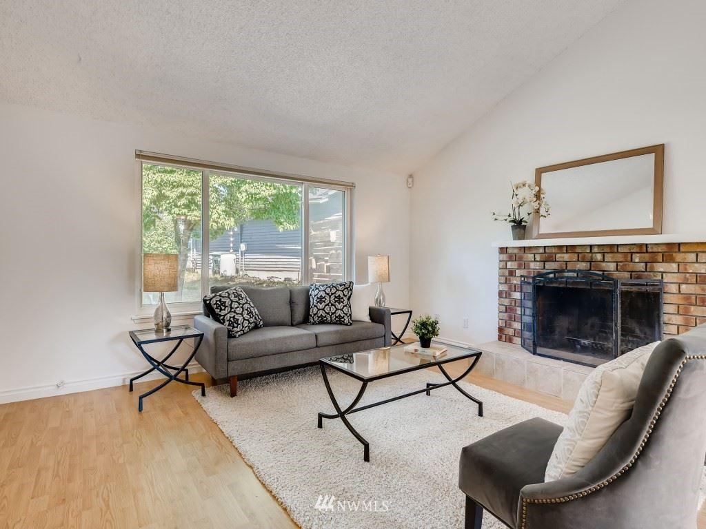 Photo of 13812 123rd Avenue NE, Kirkland, WA 98034 (MLS # 1785806)