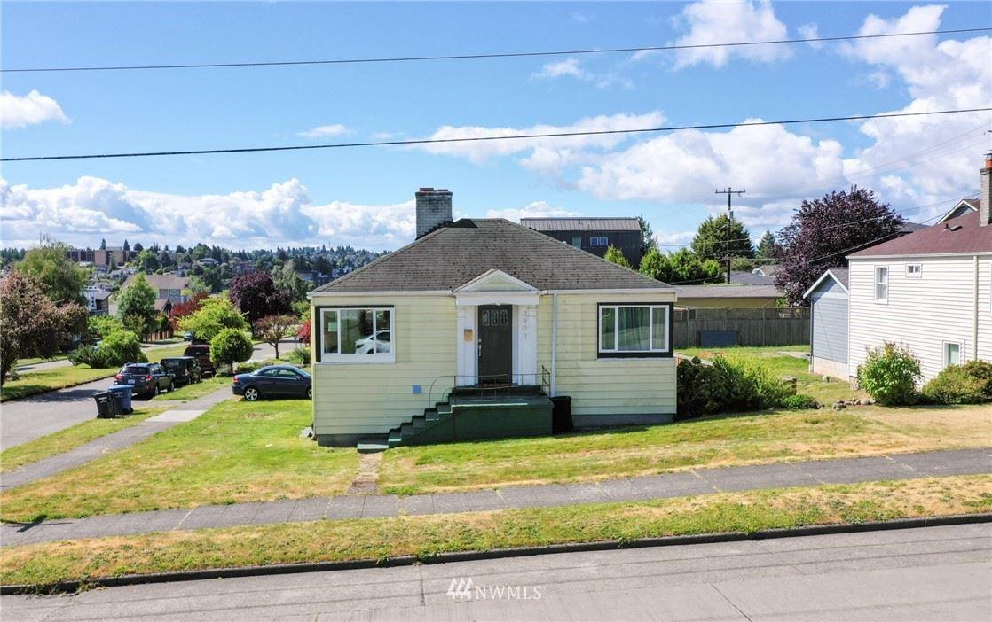 3903 SW Dakota Street, Seattle, WA 98116 - #: 1789806