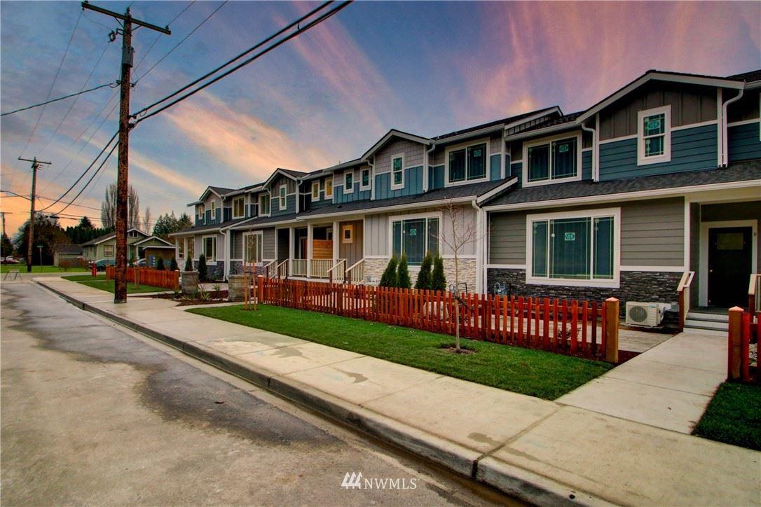 Photo of 313 E Hazel Street #9, Mount Vernon, WA 98274 (MLS # 1694809)