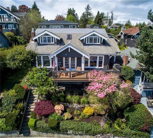 Photo of 1523 38th Avenue, Seattle, WA 98122 (MLS # 1679810)