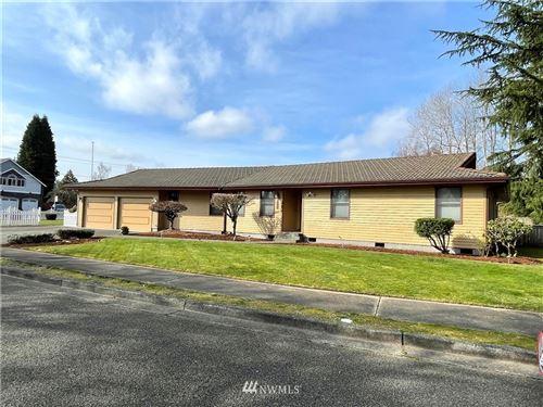 Photo of 212 Rose Place, Puyallup, WA 98371 (MLS # 1738810)